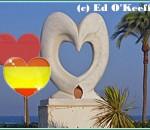 День всех влюбленных в Испании. Февральские сердечки и апрельские розы.