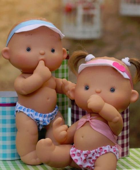 spain_toys_doll_2